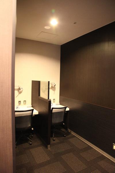 ラウンジ神戸の個室