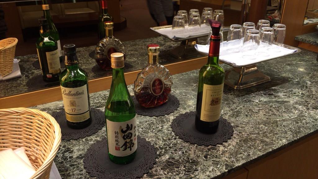 関西国際空港 大韓航空ラウンジ お酒