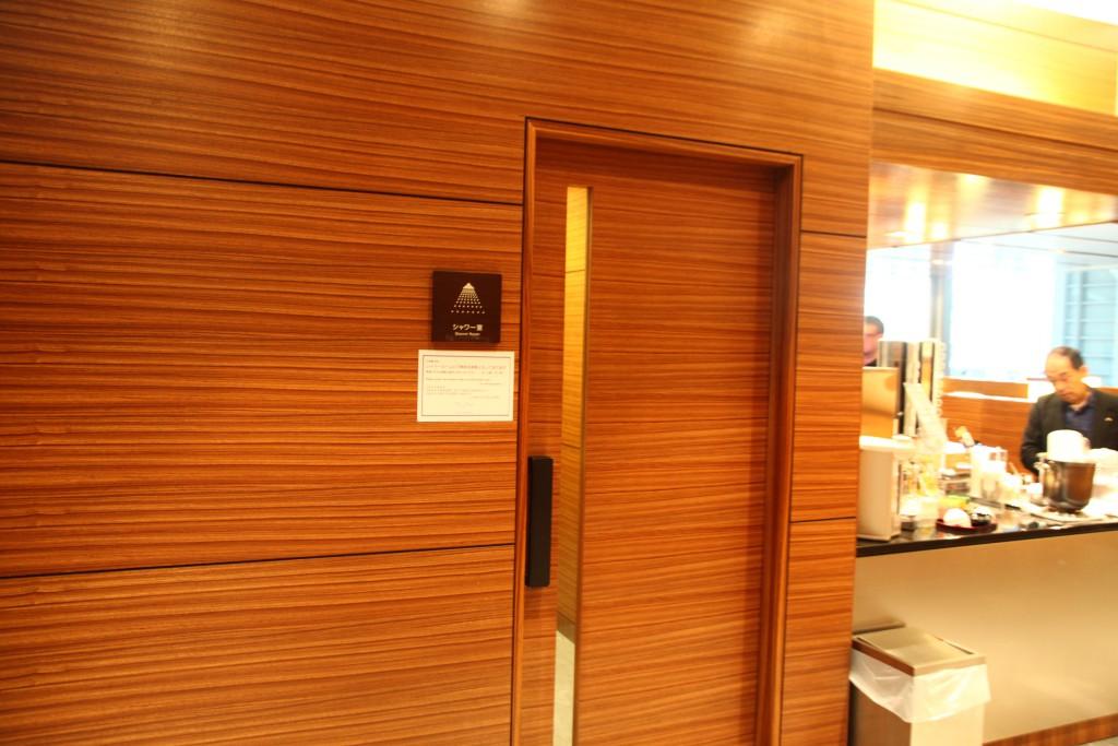 羽田空港 第2ターミナル エアポートラウンジ3F シャワー
