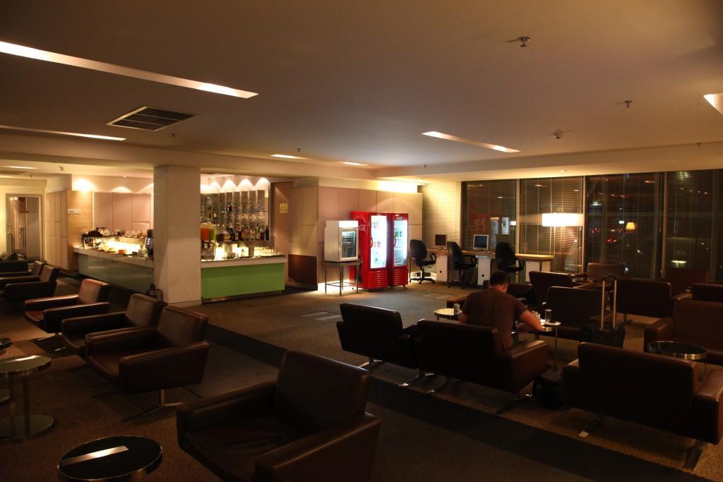 CIP Lounge Concource A 内観