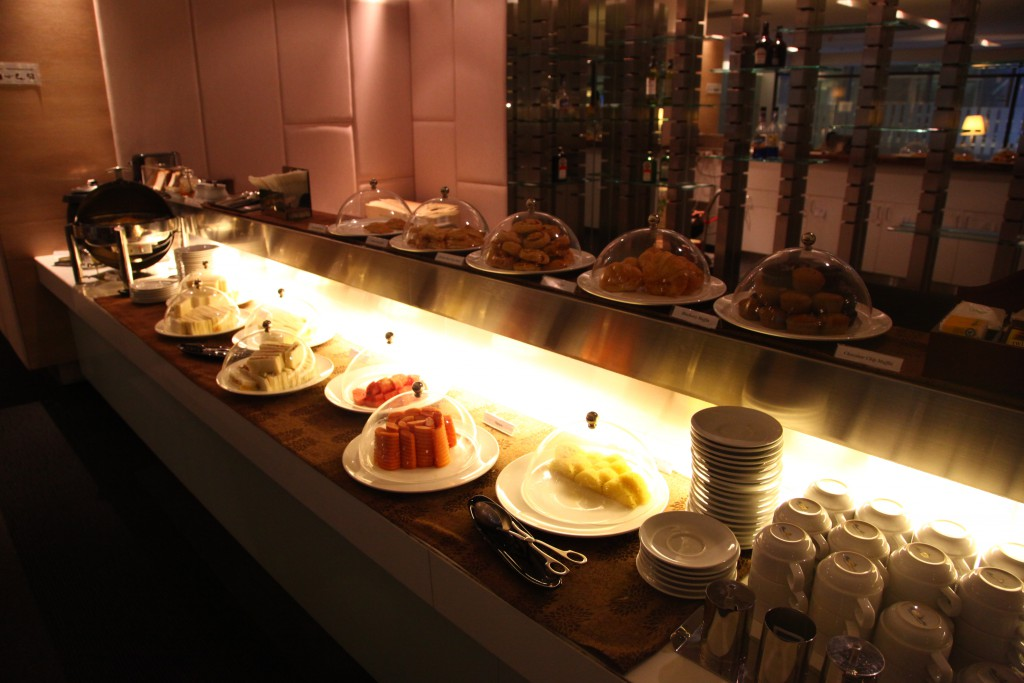 CIP Lounge Concource A 食事