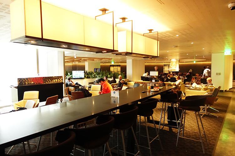 ロサンゼルス空港(LAX)one worldラウンジ10
