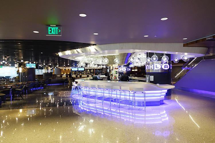 ロサンゼルス空港(LAX)one worldラウンジ30