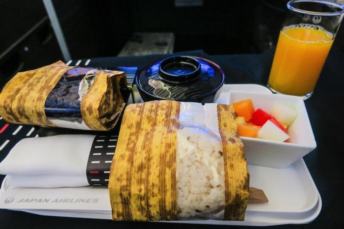 朝ごはん 日本航空